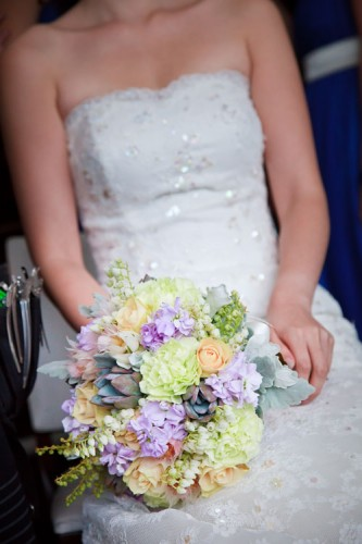 pastel purple wedding bouquet