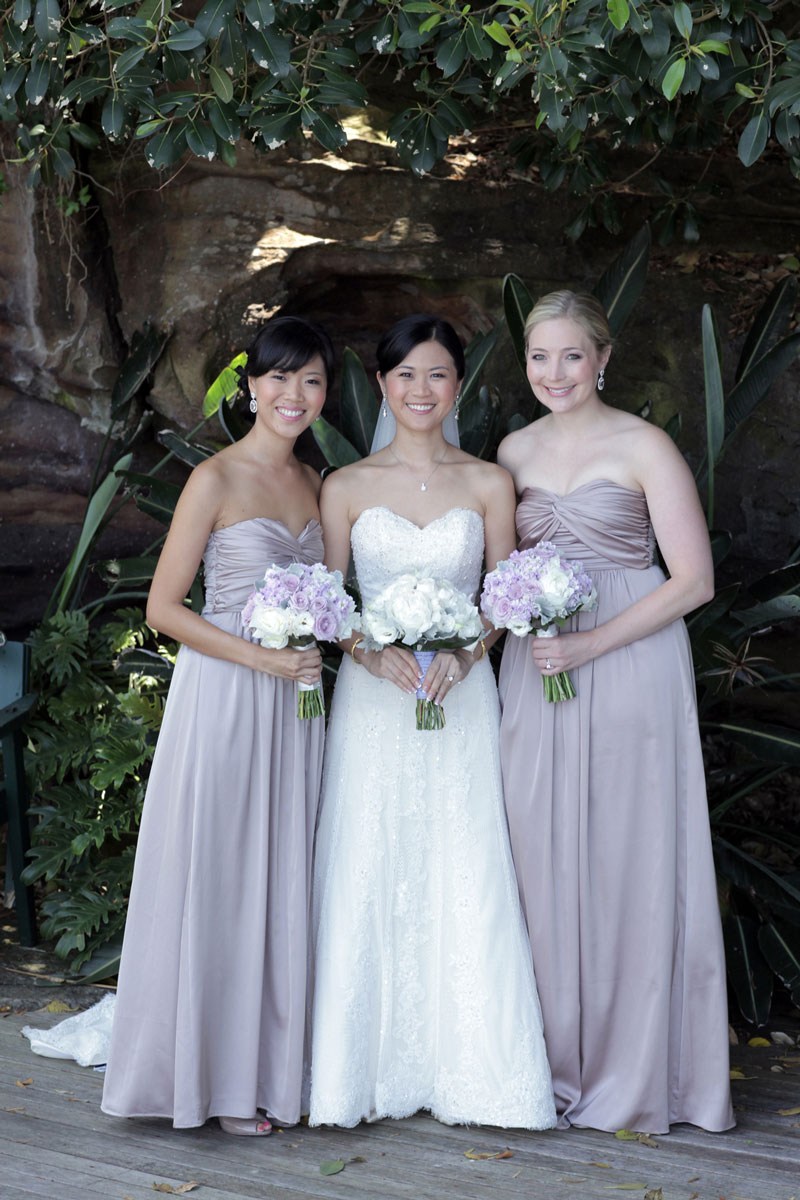 white and purple wedding flowers sydney